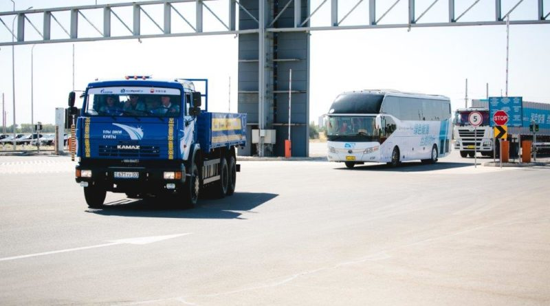 The motor vehicle caravan operating on natural gas has arrived in Kazakhstan.